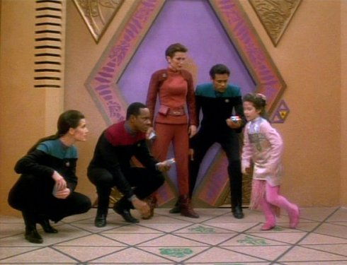 Allamaraine, count to four; Allamaraine, then three more; Allamaraine, if you can see... this episode. Then I feel very, very sorry for you hearing Sisko sing this in falsetto.