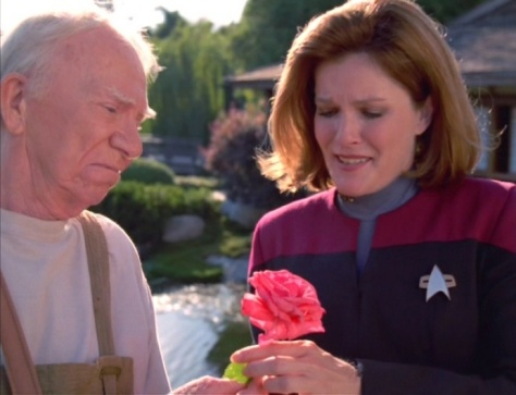 🎶When you're gooooing to a recreation of San Francisco. Be sure to get a flower from an extra-galactic species bent on destruction.🎶
